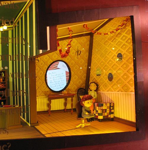 State Street Showdown 2010 - Macy's - Christmas Window #4