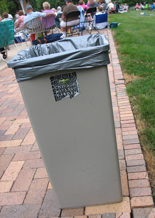 Trash Can at the Chicago Botanic Garden