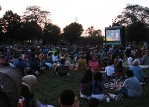 "Huge audience for ""Despicable Me"" at Portage Park"