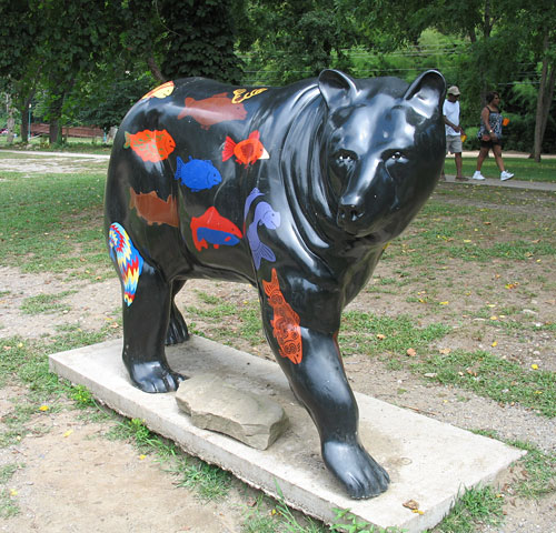 "Painted bears all over Cherokee, much like Chicago's ""Cows on Parade"""